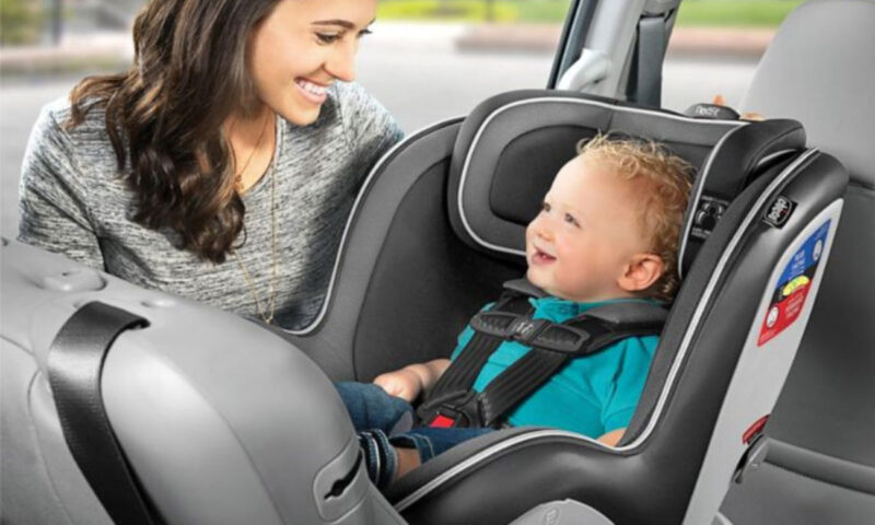 Mother Holds Her Baby Upside Down In A Car Seat. Reason Will Make You Do That, Too.