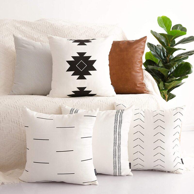 Use decorative throw pillows.