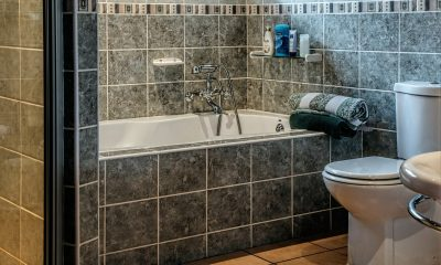 Shower Tiles Cleaning