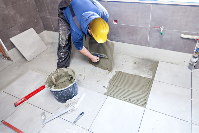 Lay Tiles On The Bathroom Floor